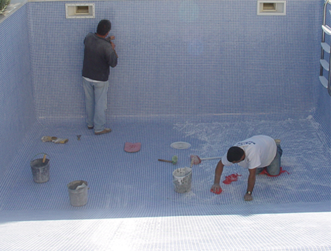 swimming pools cleaning services