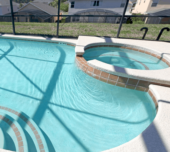 pool cleaning services